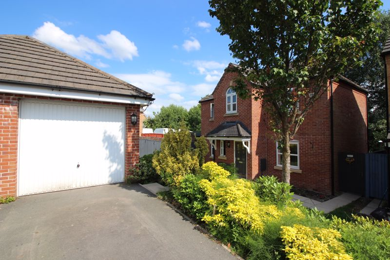 Hutchinson Close, Radcliffe M26 3BY